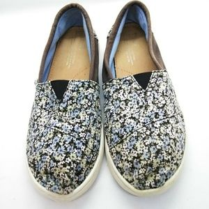 Toms Girls Floral Canvad Shoes Sz 5.5Y Youth Kids